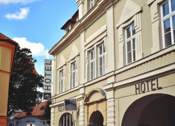 Hotel pohled z ulice